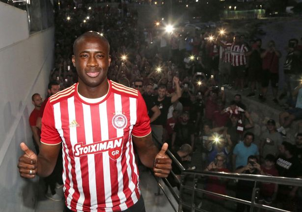 academy jmg_Yaya-Toure-after-signing-for-Olympiacos-FC