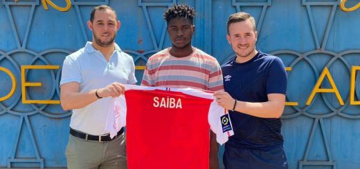 Saiba Dbo academie de soccer jmg avec Reims